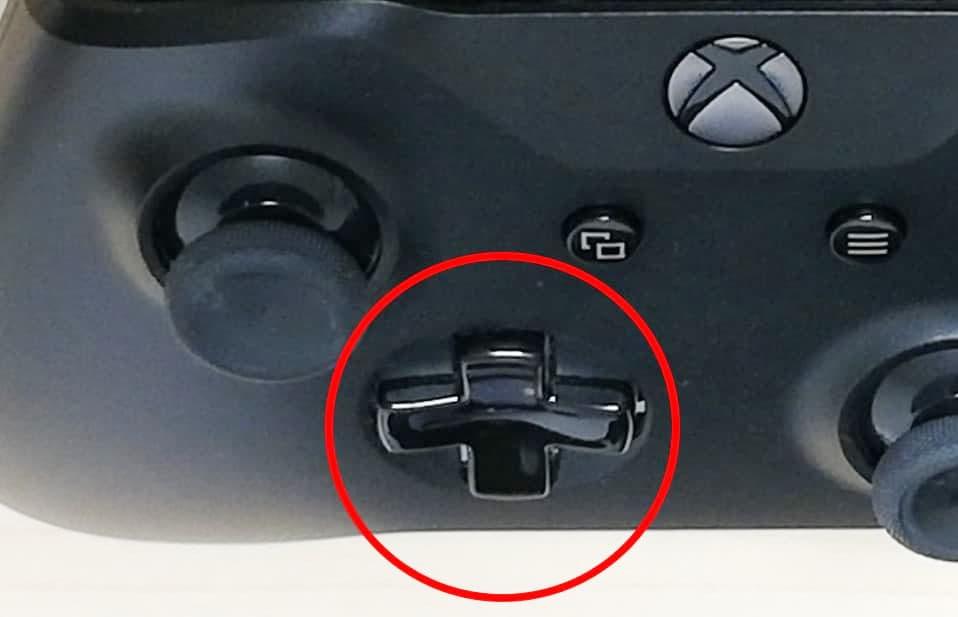 XboxOneコントローラー、2の位置のボタン